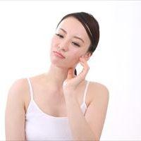 シミを消したい!から「シミが消えた」へ~手作り化粧水の作り方